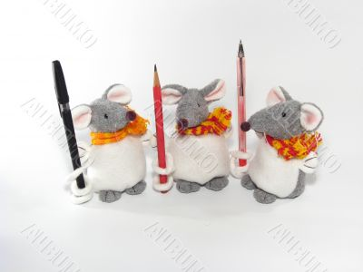 Three little mouses