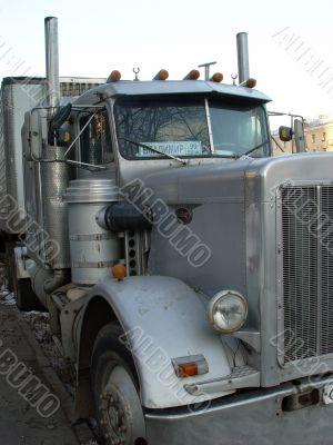 The lorry peterbilt