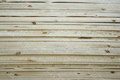 Saw wood