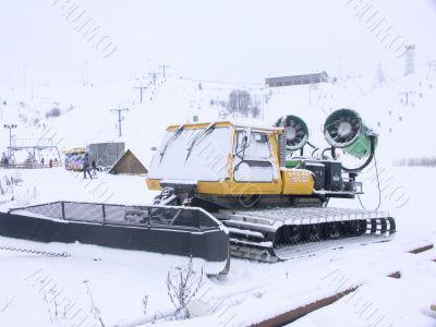 snow tractor