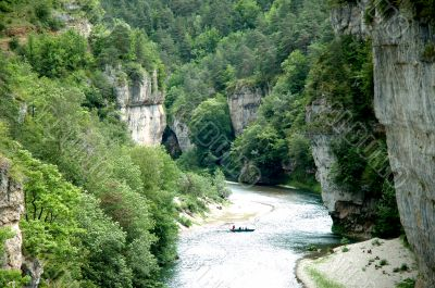 Tarn Gorges - Canyon near La Malene