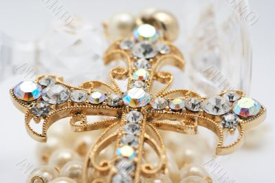 Cross with diamonds