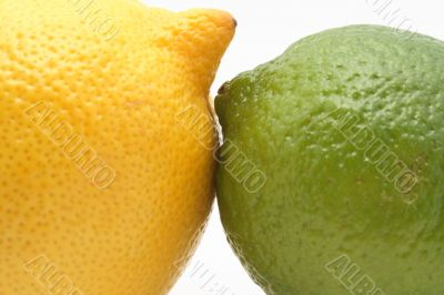 Lemon is kissing lime
