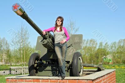 war monument and girl