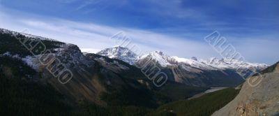 Snowy peaks in the Rockies