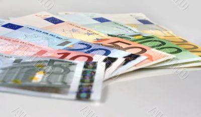 Spread of Euro banknotes