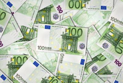European Union banknotes of 100 Euro