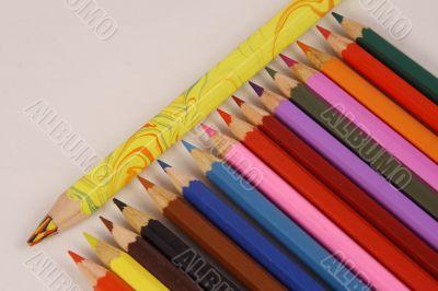 Build color pencils