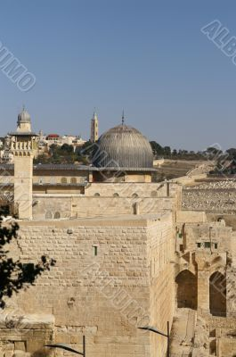 Al Aqsa mosque and minaret - islam in a holy land