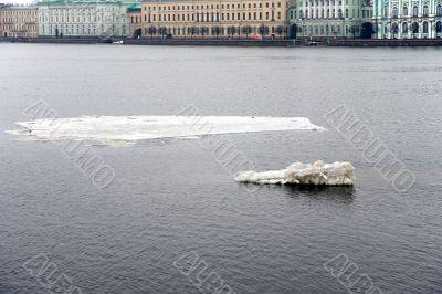 Ice in the Neva
