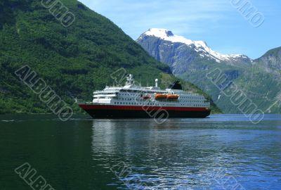 Tourist ship in Geiranger fjord