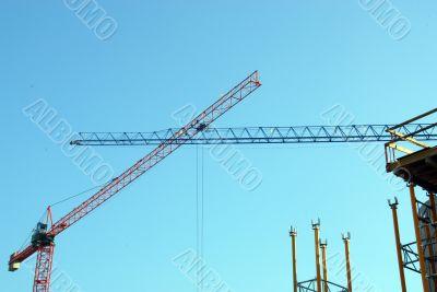 two build cranes