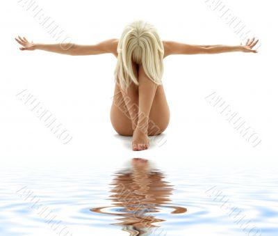 blond geometry on white sand 3