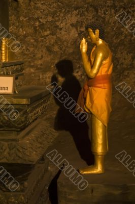 A pray at Buddha temple