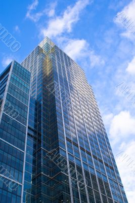 Skyscraper facing the blue sky in London