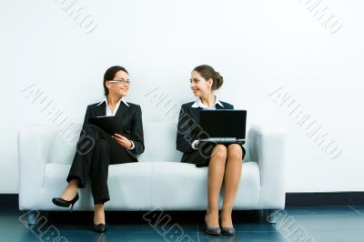 Working businesswomen