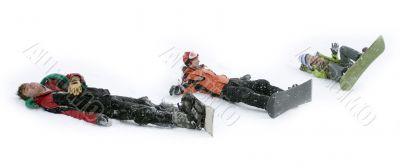 Group of teenagers snowborders in snow