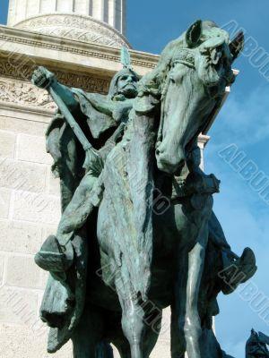 Equestrian statue of Arpad