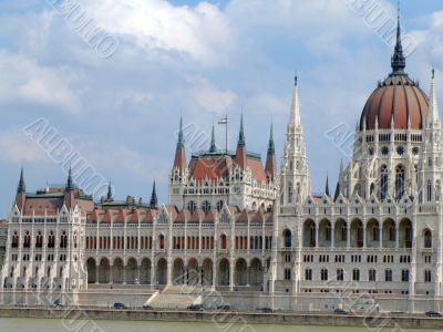 House of the nation and Danube river