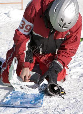 Athlete repairing of ski-binding