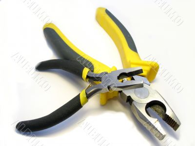 The big and small flat-nose pliers