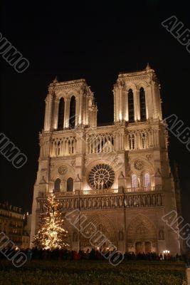 Notre Dame de Paris in Christmas night
