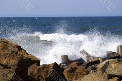 Bryzgi sea wave