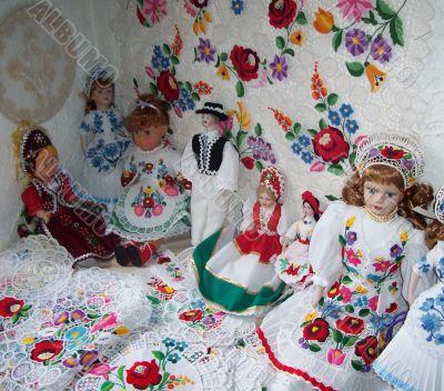 Hungarian folk dolls