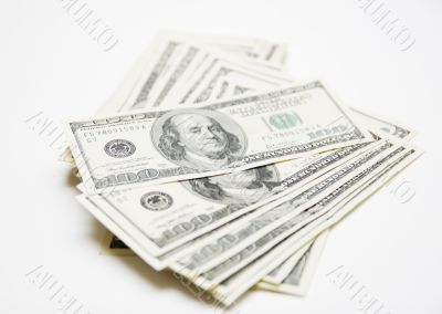 100 dollar denomination