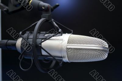 Radio mic on dark background