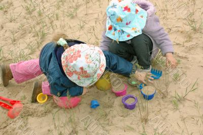 kids playing with sand