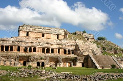 Antique maya ruins
