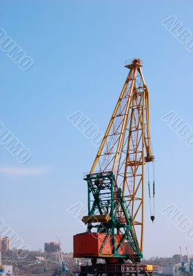 Seaport crane