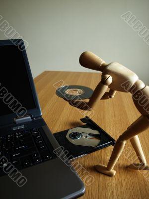 insert cd
