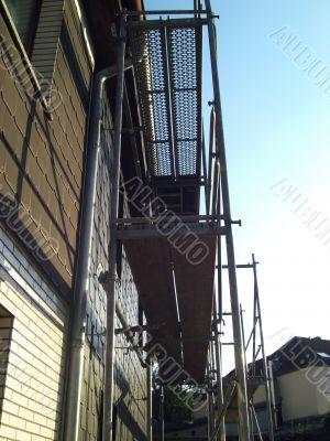 work on scaffolding