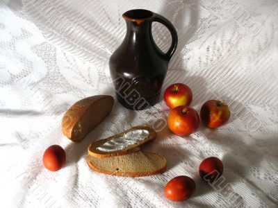 Jug, Apples and Eggs