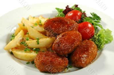 cutlets with fried popatos