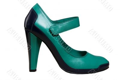 green shoes with heel
