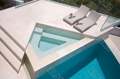 JRTs Enjoying Custom Luxury Pool