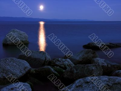 Moonrise on lake