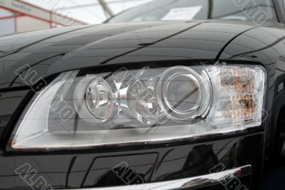 The right headlight of the modern automobile