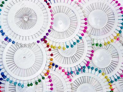 Multi-coloured needles 11