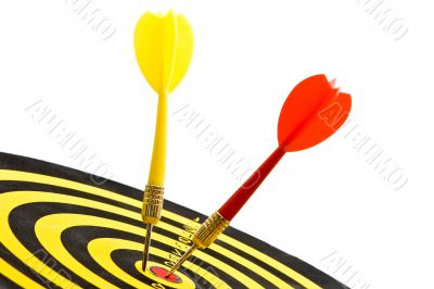 board colse up with two darts