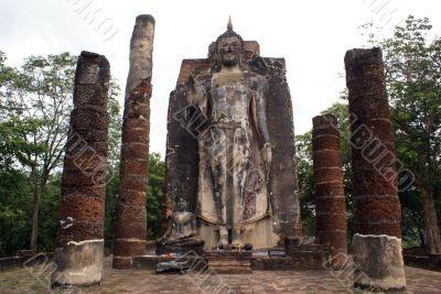 Buddha and columns
