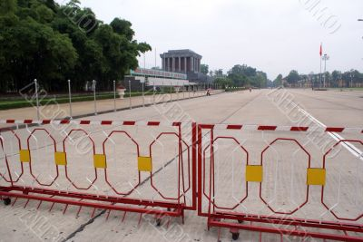 Square and mausoleum of Ho Shi Minh