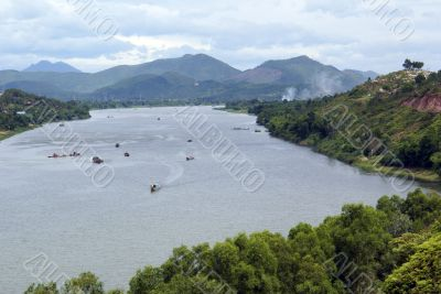 Song Huong river