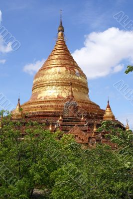 Golden Dhamma Yazika pagoda in Bagan