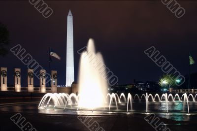 WWII Memorial at night