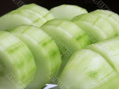 frsehly sliced cucumber