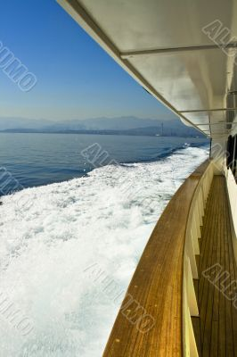 lower deck and waves